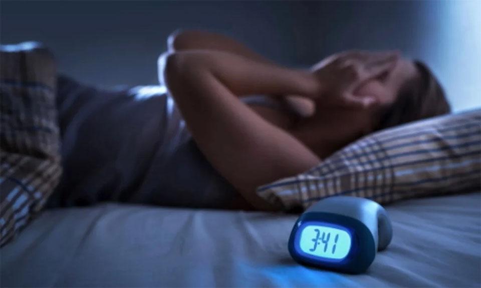 Apneea de somn la pacientii obezi ar putea fi vindecata prin scaderea in greutate - studiu